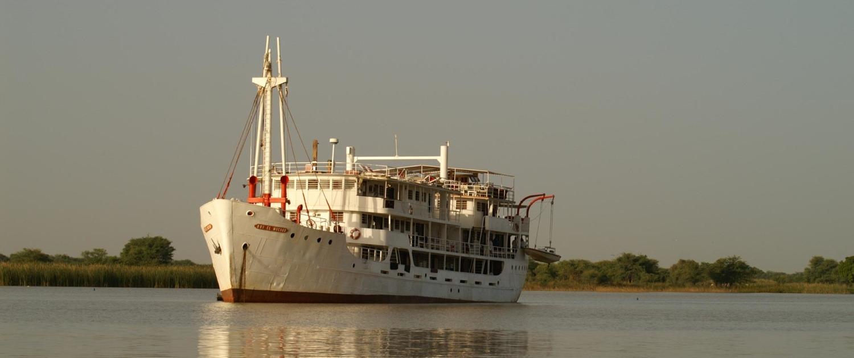 Un voyage sur le fleuve qui traverse le Sénégal de bout en bout. Les personnes ayant soif de culture et d'aventure seront comblés dans ce voyage inoubliable.